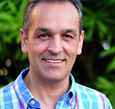 José A. Martínez